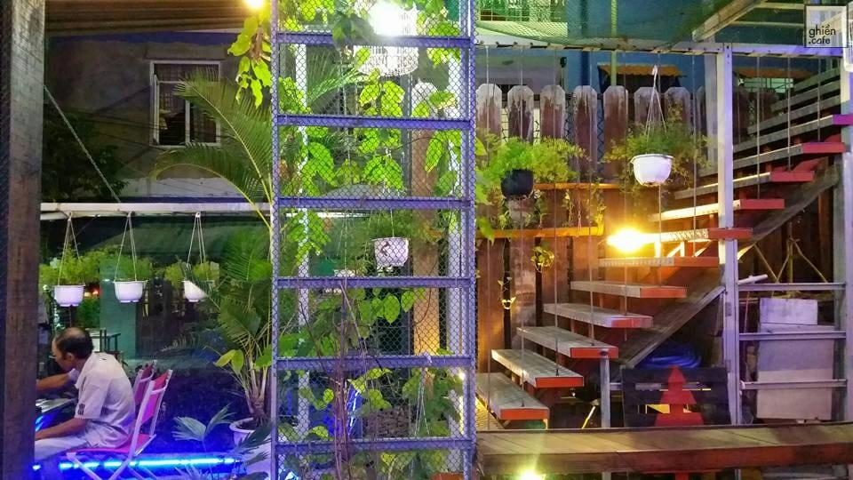 Container Cafe - Triệu Việt Vương