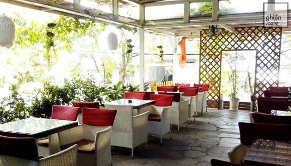 Bonjour Cafe - Hoàng Văn Thụ