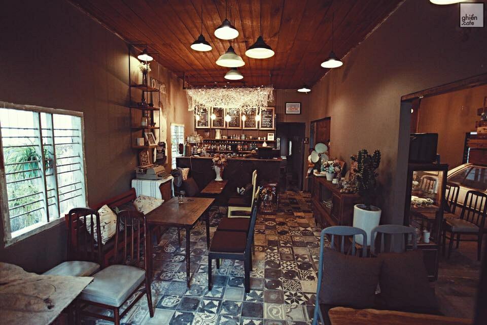 House Of Lens Coffee - Cù Chính Lan