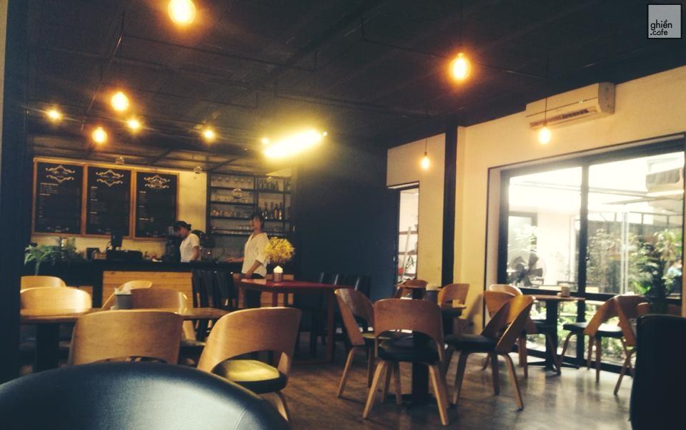 Aura Coffee - Phó Đức Chính