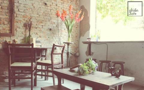 Yes. We Are Open Cafe - Tô Hiến Thành