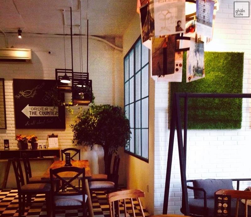 M2C Cafe - Hai Bà Trưng